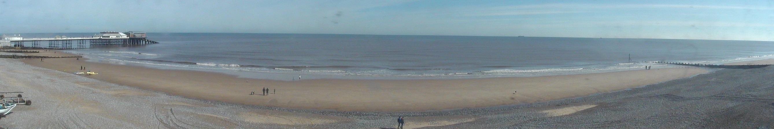 Latest webcam still for Cromer